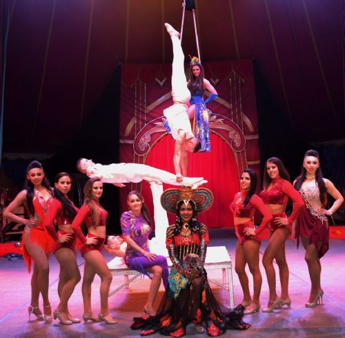 Click to view Gandey's Circus comes to Salford