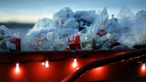 Click to view Greenpeace Coca Cola Spoof Christmas Advert