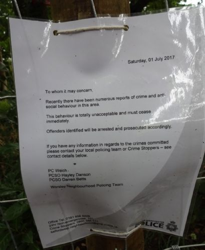 Click to view Worsley Footpath re-opened by the phantom fence avenger