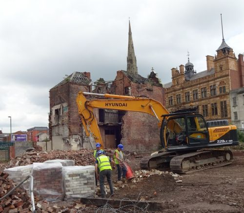 Click to view Ye Olde Nelson pub demolished  on Chapel Street Salford